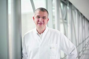 PD Dr. Stefan Piatek, Stellvertretender Direktor der Universitätsklinik für Unfallchirurgie Magdeburg.